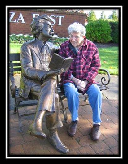 Tom reading with Mark Twain